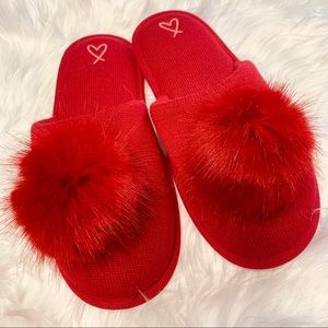 Victoria 's Secret Slippers